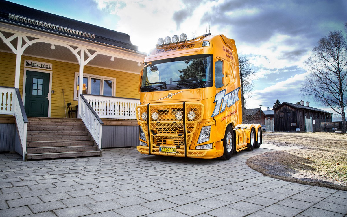 A16-2,Highway,G16-4,Top-Bar,Sideliner,Volvo FH4-Glob-XL,presentation,Guldager,lackerad,lacquered,yellow,gul