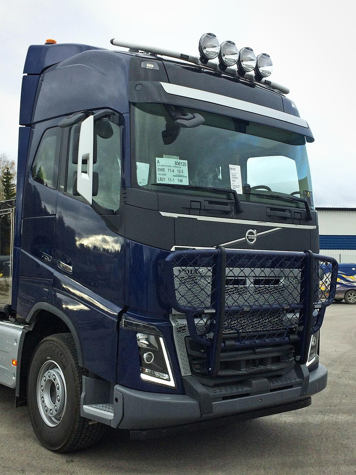 trux offroad for the volvo fh4 bump hd trux. Black Bedroom Furniture Sets. Home Design Ideas